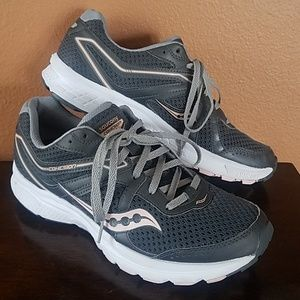 Saucony Cohesion11 Running Shoes!! Clean!